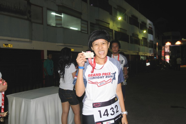 Finisher medalnya bagus..Happy! :D