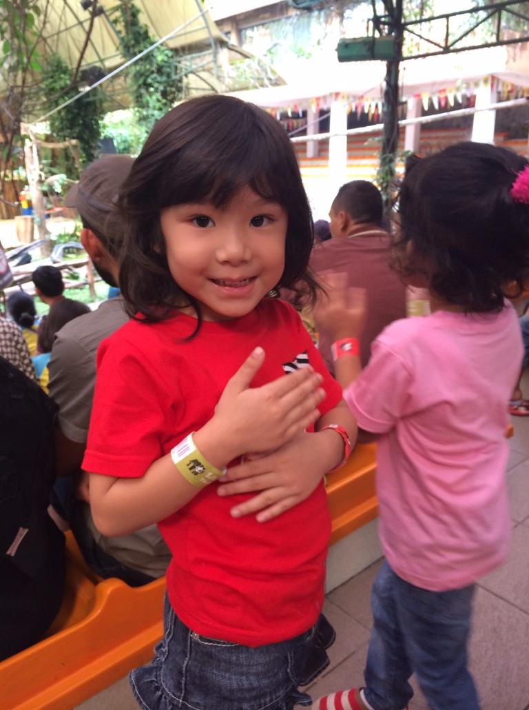 Kinara si anak hebat ! :)