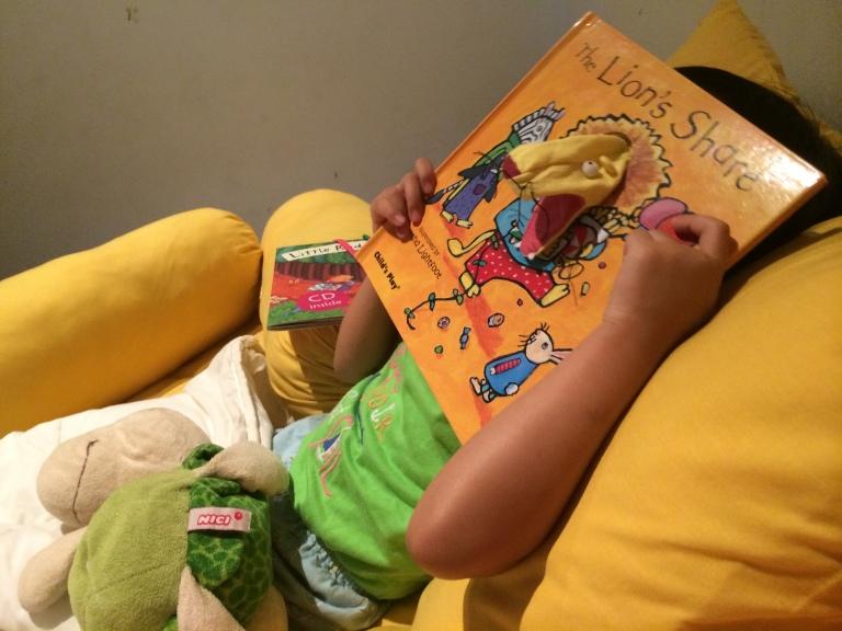 Salah satu buku favorit Kilau dan saya, The Lion's Share :)